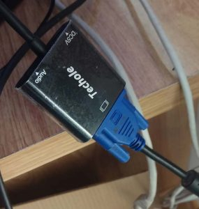 HDMI a VGA instalado 1